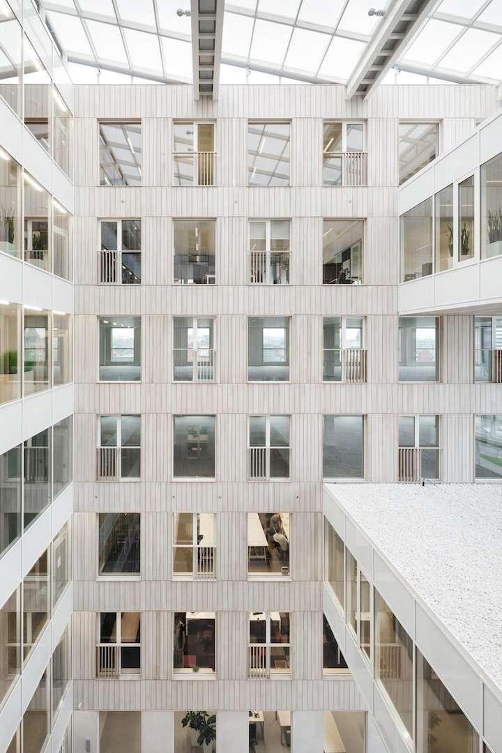 quantum building gent <span>2016, gent, dampoort, kantoren</span>
